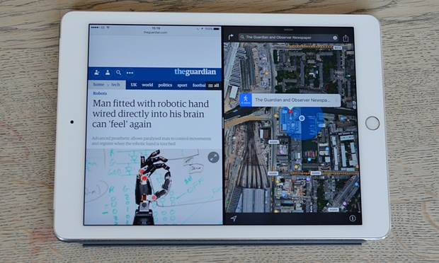 Split View offers true multitasking, with both apps visible and active on one screen. Photograph: Samuel Gibbs for the Guardian